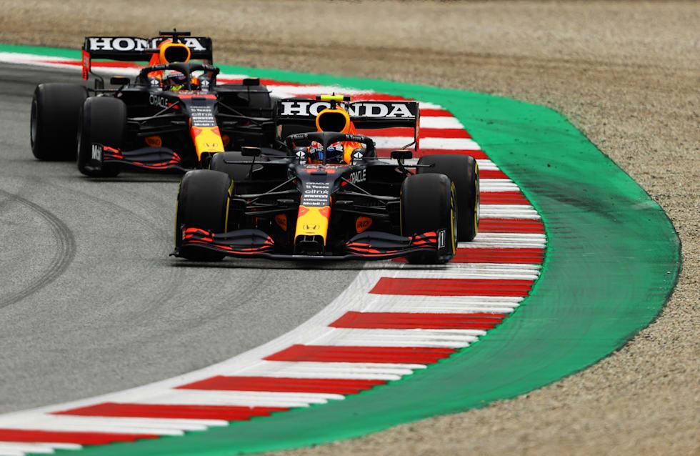 Sıralama turlarında ilk üç sırada iki Red Bull Racing aracı yer aldı