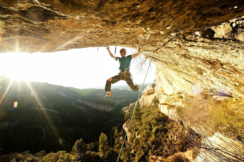 Como se batizam as vias de escalada?