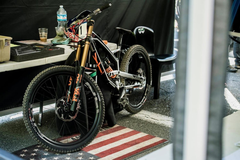 Mountain bike frame materials: Alloy vs carbon **quiz**