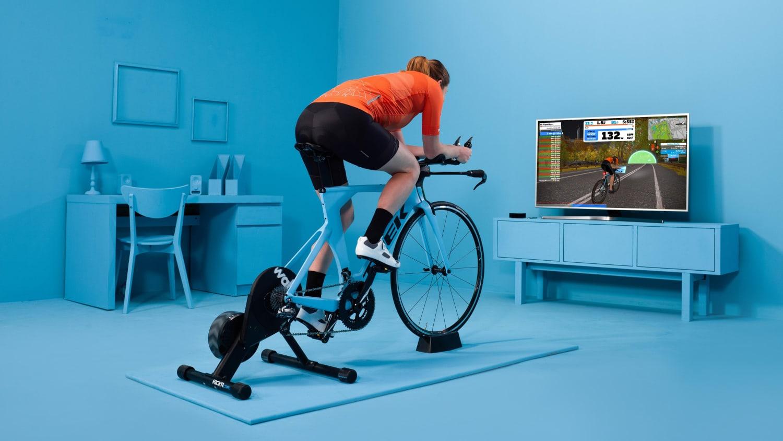 Zwift / ズイフト』が目指すインドアサイクリングの未来 | サイクルトレーナー | レッドブル