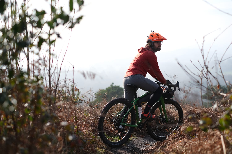 Carbon Fiber Belt Cycling Bicycle Bike Handlebar Repair Proction Tape Strap Roll